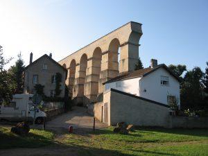 Roman_aqueduct_(Jouy-aux-Arches)